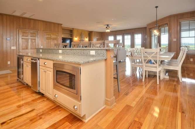 6622 Kings Lynn Dr Oak Island-small-018-30-KitchenDining Area-666x442-72dpi