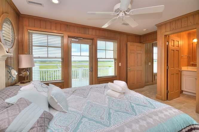 6622 Kings Lynn Dr Oak Island-small-041-29-Bedroom 3-666x442-72dpi