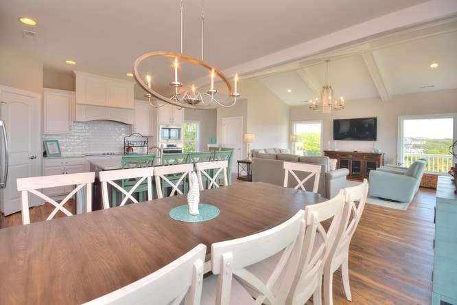 Sea Cure 120 SE 63rd St Oak-small-011-13-DiningKitchenLiving Room-666x444-72dpi