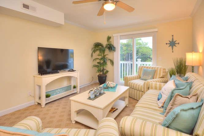 105 SE 58th St Ocean Walk 4303-small-003-11-Living Room-666x444-72dpi