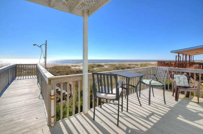 Blue Crab Cove 711 Caswell-small-024-21-Front PorchOceanfront-666x441-72dpi