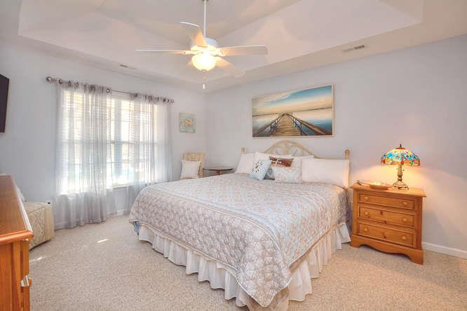 1007 W Yacht Dr Waters Edge-small-014-32-Master Bedroom-666x444-72dpi