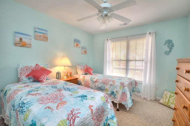 1007 W Yacht Dr Waters Edge-small-020-22-Bedroom 3-666x444-72dpi