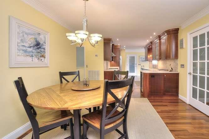 204 McGlamery St Star of the-small-004-5-Dining Room-666x444-72dpi