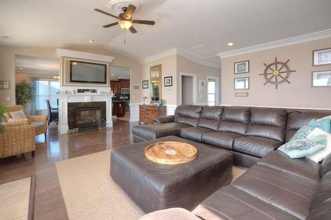 Serenity Sands 5707 W Beach Dr-small-004-75-Living Room-666x444-72dpi