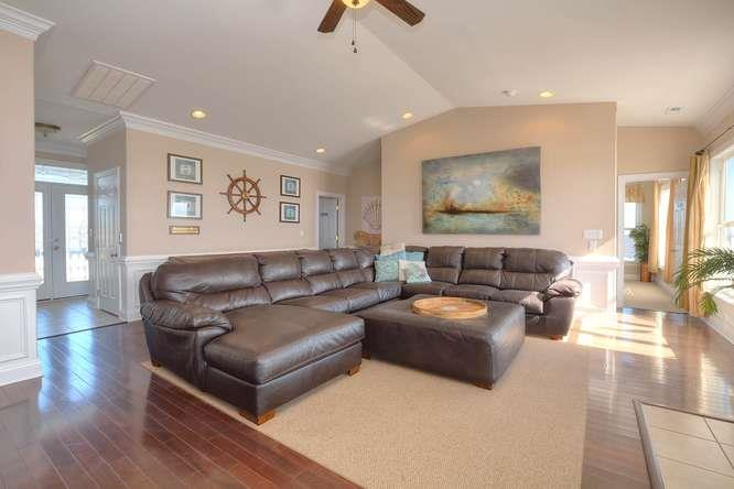 Serenity Sands 5707 W Beach Dr-small-005-96-Living Room-666x444-72dpi