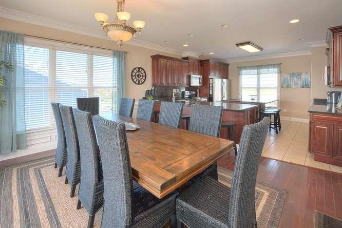 Serenity Sands 5707 W Beach Dr-small-012-78-DiningKitchen-666x444-72dpi
