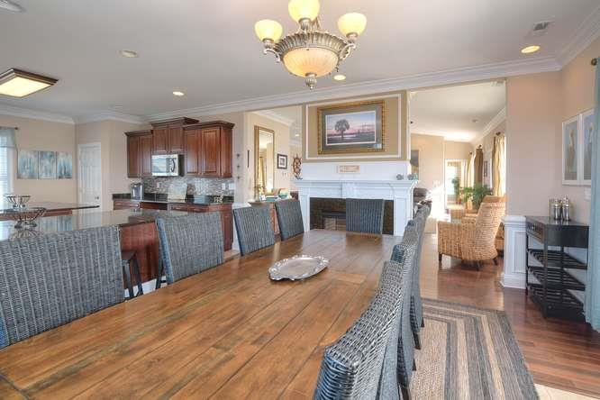 Serenity Sands 5707 W Beach Dr-small-013-71-Dining Room-666x444-72dpi