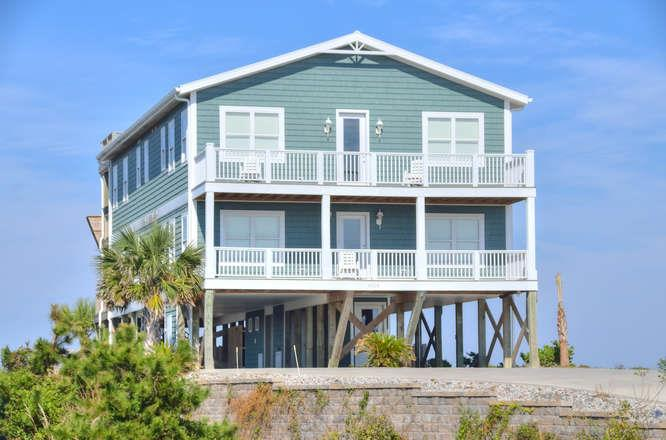 Beach Mountain Ocean View 10 Bedroom Vacation Home Rental With Pool Oak Island Nc 90182 Find Rentals