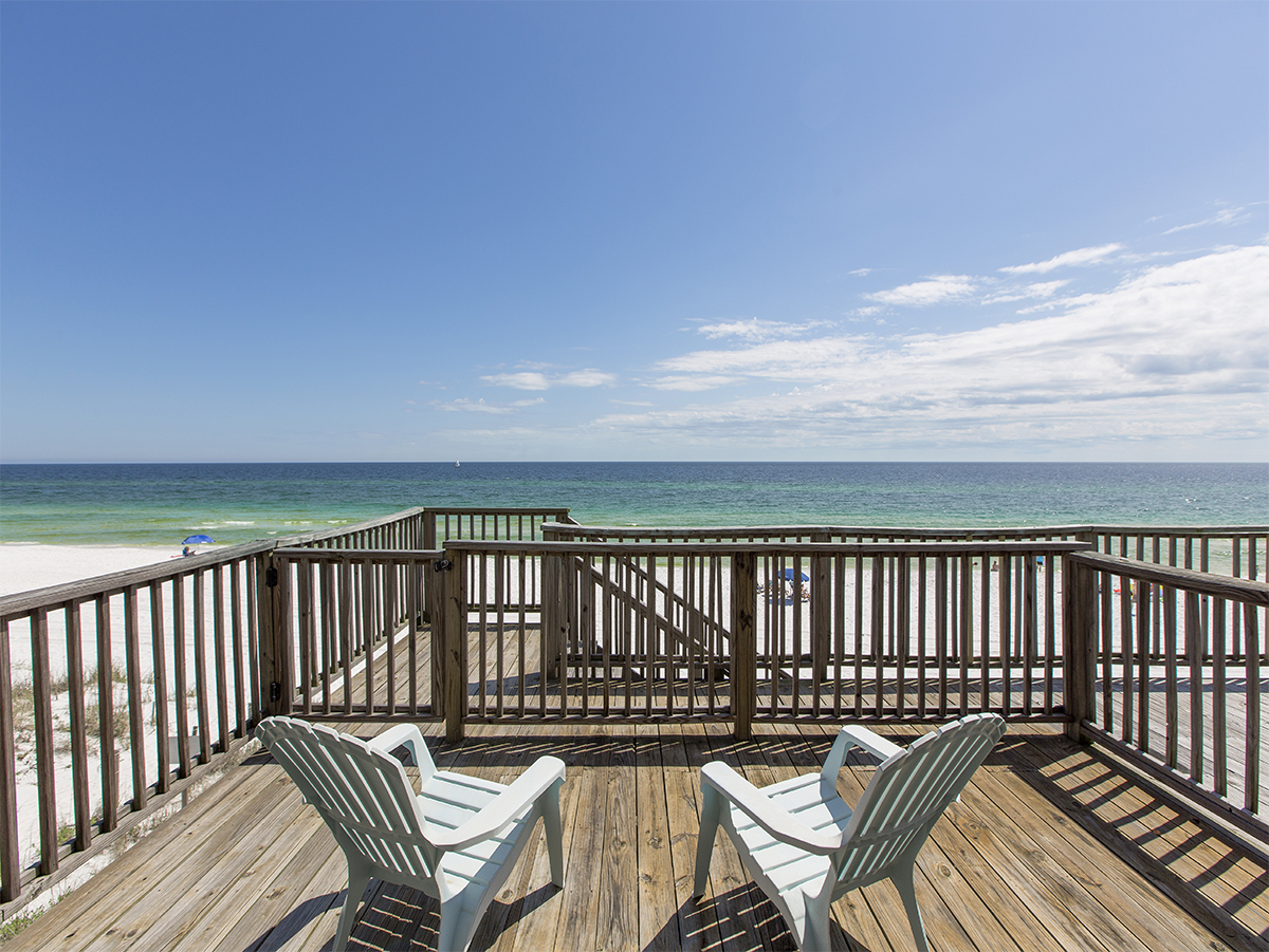 Deck patio - Chairs - View of the ocean