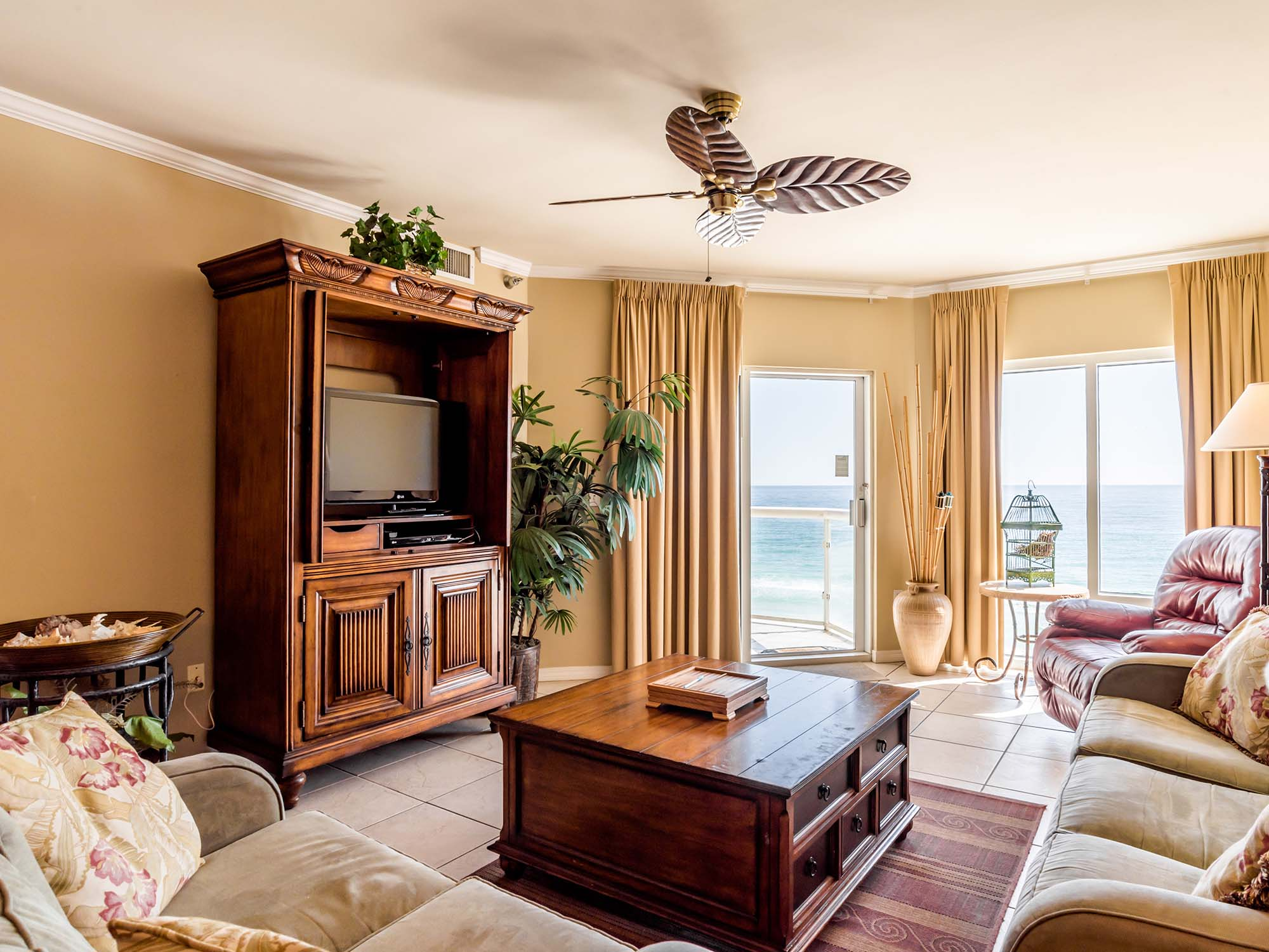Emerald Isle 806 Pensacola 2 Bedroom 2 Full Bathroom Place To Stay