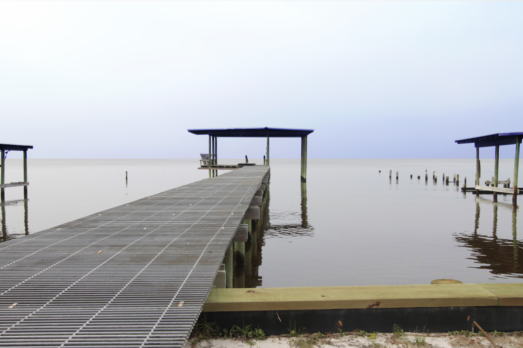Pier and covered dock, great for watching the sunrise!