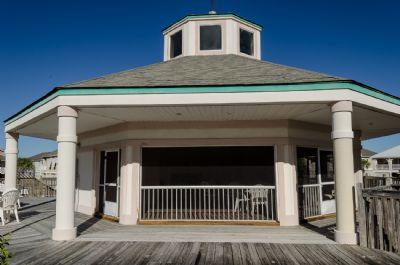 Heritage Shores Screened Clubhouse