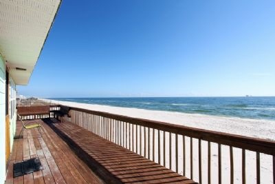 Large front deck with gulf view