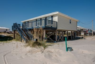 Sit & Swan- 4 Bedroom with Immaculate Gulf Views
