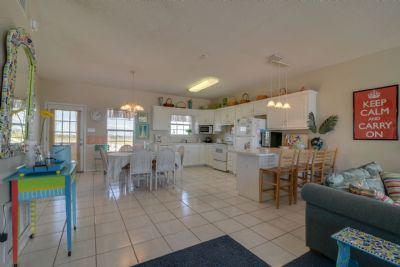 Living/Kitchen/Dining Combo