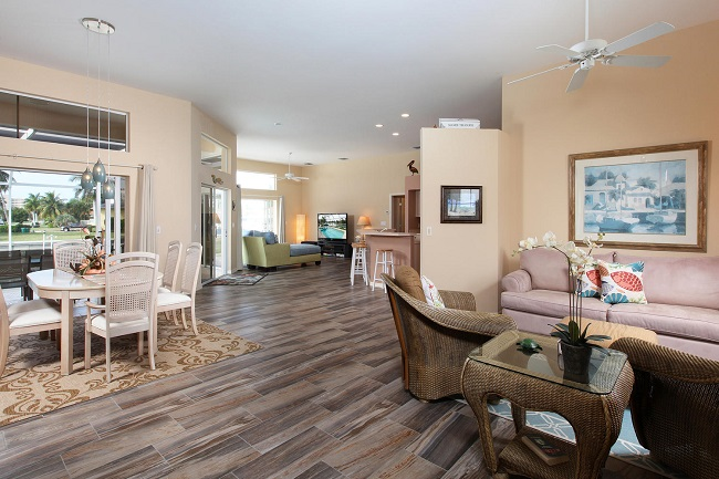 Living/Dining into Family Room