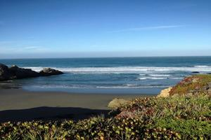 Sea Ranch 4 bedroom vacation home rental with hot tub and sauna