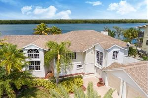 Fort Myers Beach 5 bedroom vacation home