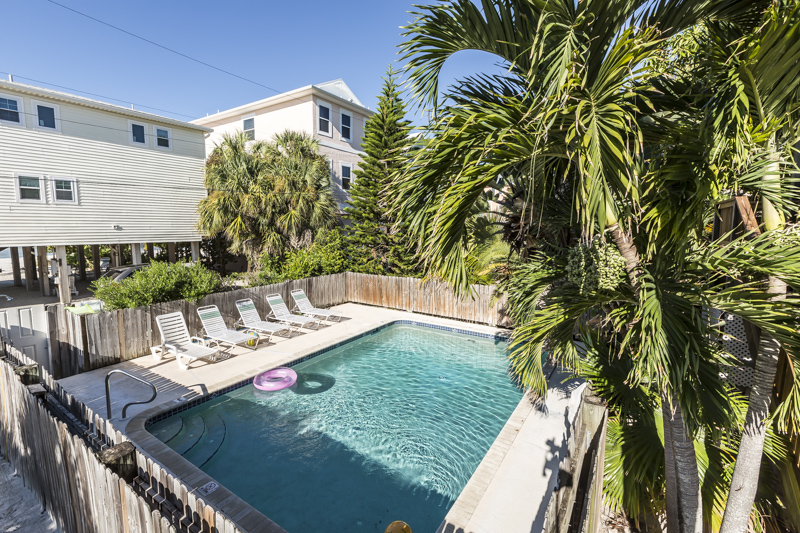 Fort Myers Beach 4 bedroom vacation home with pool steps to the beach