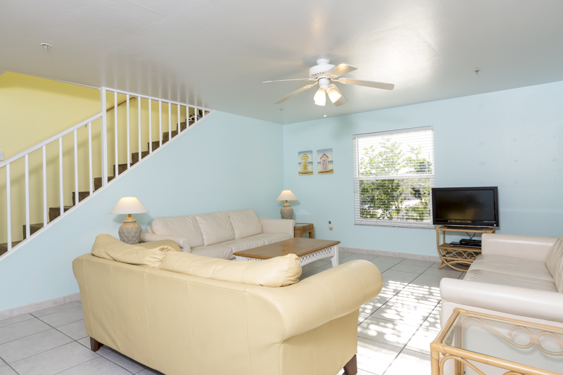 Fort Myers Beach family vacation home with pool