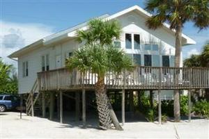 Fort Myers Beach 2 bedroom vacation rental home beachfront