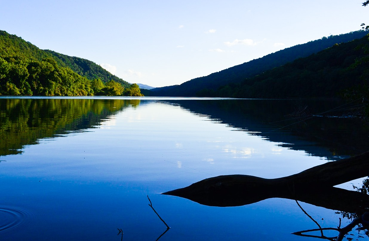 Things to do in Smith Mountain Lake Virginia