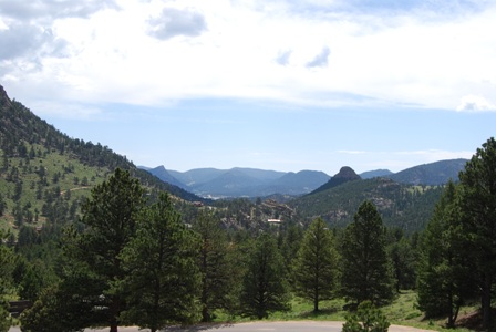 Estes Park Colorado Destination Travel Guide..